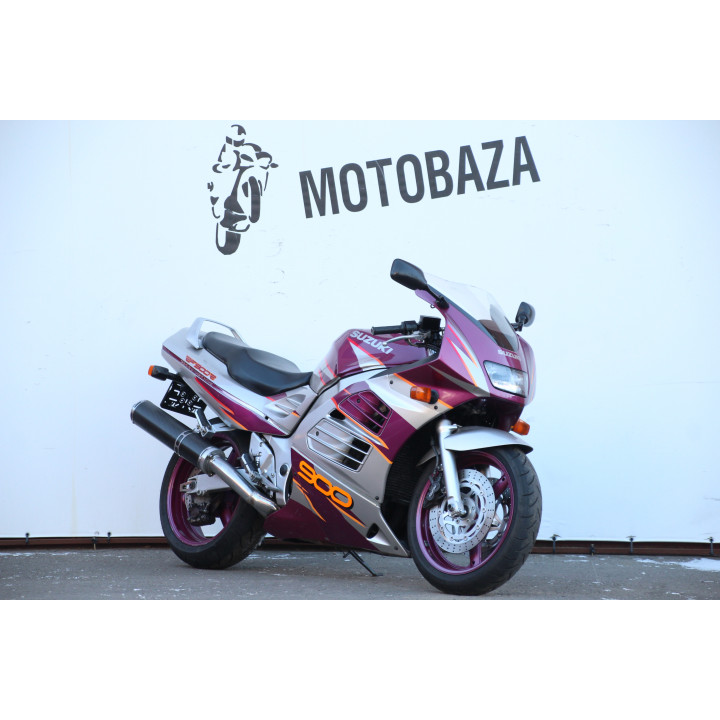 № 1581 Suzuki RF 900 1996 год
