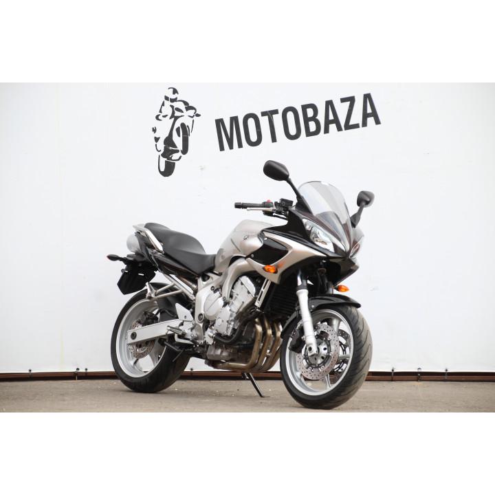 № 1357 Yamaha FZS 600 2003 год.