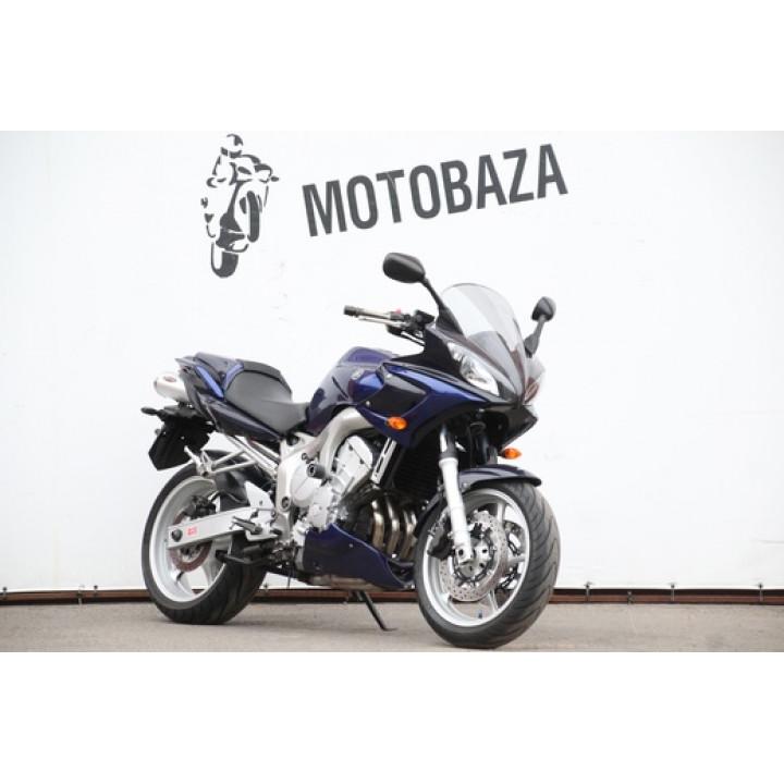 № 1568 Yamaha FZS600 2004